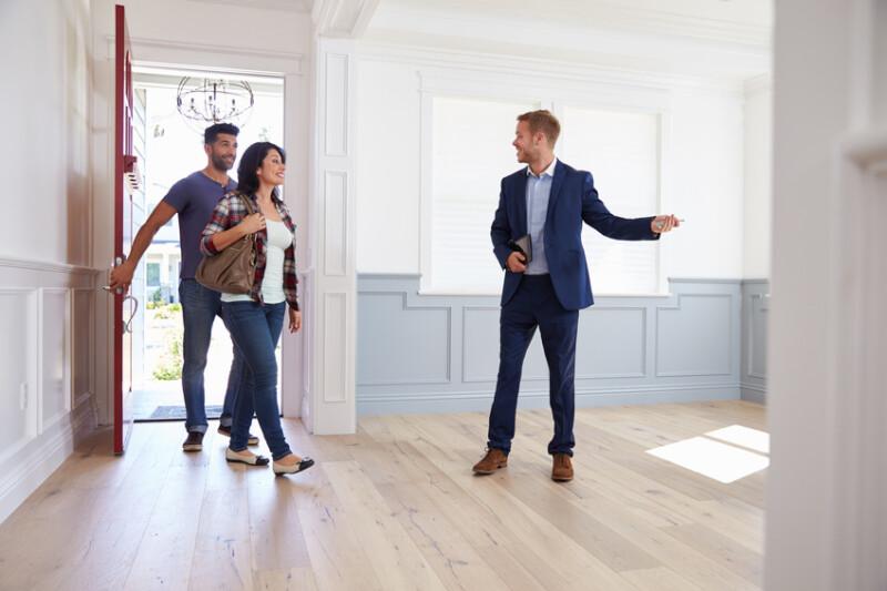 Vendre son bien : pourquoi faire appel à un agent immobilier ?   Vente ⇔  Laforêt Immobilier